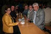 Bürgermeister und Vizebürgermeister am FF-Fest in Langmannersdorf, von links: Erika Breitner, Vizebgm. Franz Erber, Andrea Buchinger, Gabi Erber und Bgm. Reinhard Breitner
