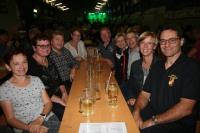 Die Tanzfreunde von Hans Kerschner kamen zum Fest nach Langmannersdorf, von links: Regina Nussbaumer, Anni und Gerhard Horn, Inge und Edi Dikovits, Monika und Willi Stadler, Ingrid ung Hans Kerschner