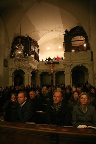 Die Pfarrkirche Murstetten war bis auf den letzten Platz besetzt