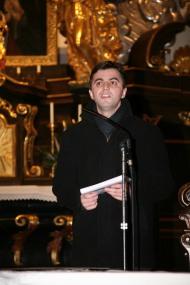 Pfarrer Josef Balteanu dankte den Ausführenden für das wunderschöne Adventkonzert