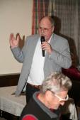 Obmann Heribert Scheikl stellte die Vorstandsmitglieder vor und bedankte sich in launiger Form für ihre Mitarbeit