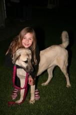 Sophie Penco besuchte mit Familienhund in Begleitung ihrer Eltern die Schotterrazzia