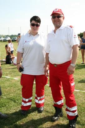 Martina Tscherny und Michael Woisetschläger von der Bezirksstelle des Roten Kreuzes Herzogenburg begleiteten den Sporttag