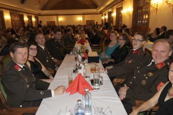 Die FF Perschling war ua durch Herbert und Katrin Gruber, Gerhard Kuntner, Michael und Sarah Westermayer, Gitti und Stefan Kuntner und UAKdt. Franz Buchinger (von links) vertreten.