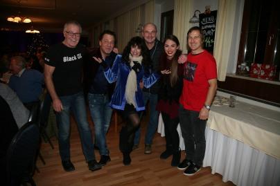Von links: Eventmanager Franz Mader, Andy Cutic, Joni Madden, Wolfgang Tockner, Kate Madden-Cutic und Gastronom Walter Kahri
