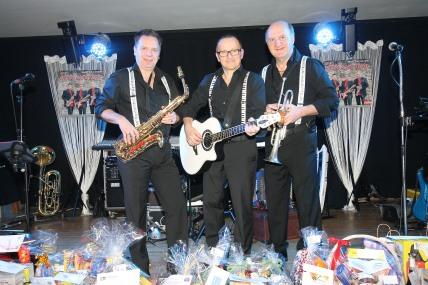 """Mike Rumpeltes, Leopold Schweighofer und Leopold Leichtfried (von links) sorgten als """"Die Romantiker"""" für Tanzmusik"""