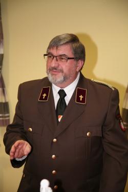 Feuerwehrkurat Pfarrer Johannes Schörgmayer versicherte, dass er auch in Zukunft die Florianimesse in Weißenkirchen halten werde.