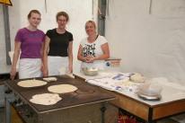 Lisa Buchinger, Lisa Poschmaier und Karin Gastegger (von links) bereiteten Feuerflecken