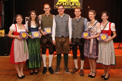 Ballkomitee und Leitung: Barbara Schauer, Michaela und Andreas Eder, Simon Schwab, Markus Eder, Jasmin Poschmaier und Raphaela Heigl (von links)