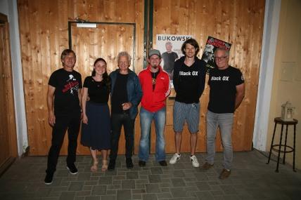 Walter Kahri, Teresa und Boris Bukowski, Markus Fichtinger, Patrick Rauch und Franz Mader (von links) freuten sich über den gelungenen Neustart der Black Ox Events nach dem Lockdown