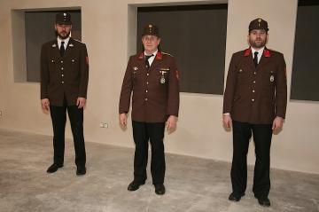 """Das """"neue"""" Kommando, V Bernhard Bandel, Kdt. OBI Peter Luger und Kdt. BI Karl Würschinger (von links)"""