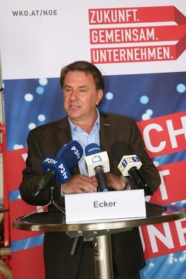 Präsident Wolfgang Ecker verwies auf die Stärkung der regionalen Wertschöpfung über die Sicherung von Arbeitsplätzen bis hin zur Versorgungssicherheit.
