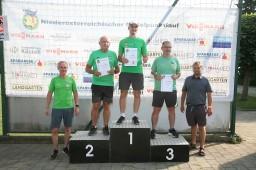 Vereinsmeisterschaft Herren, von links Obmann Rene Schmied, Peter Priesching sen. Josef Skarek, Markus Tinkhauser und Bgm. Alois Vogl